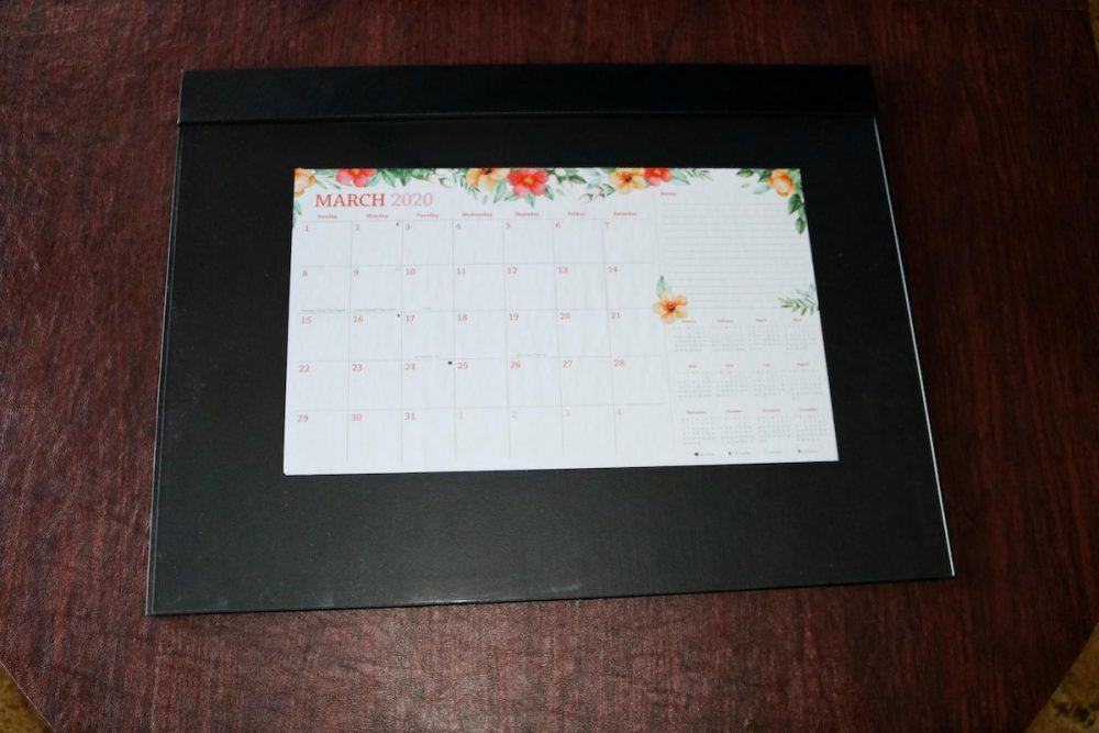 Desk pad with calendar and overlay