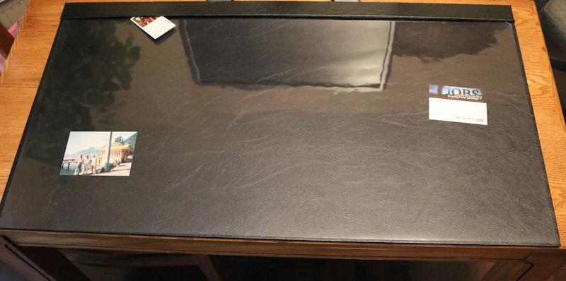 Clear overlay desk pad