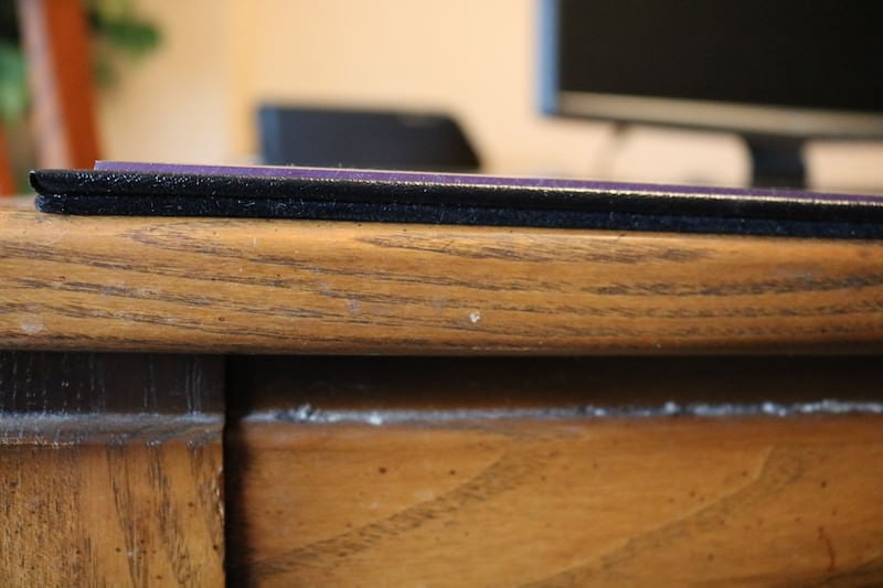 Close up on thickness of deskpad